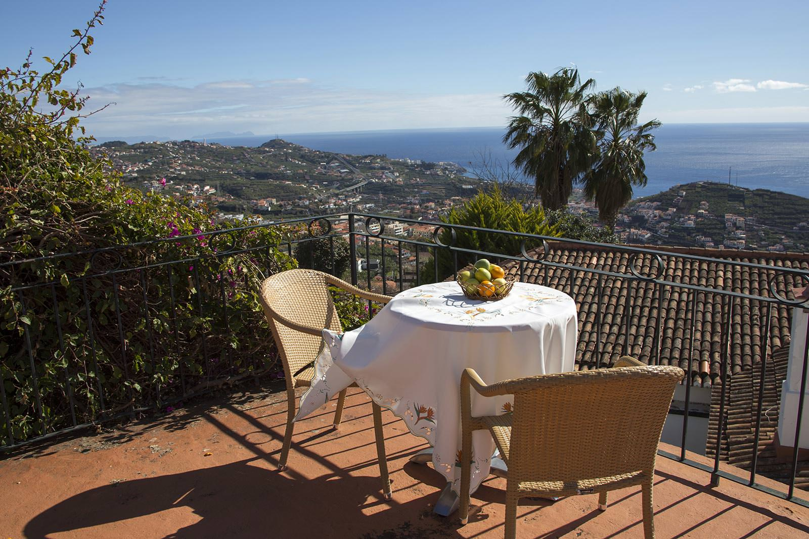 Breakfast with style at Villa Afonso
